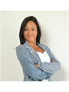 Madelon<br>RE/MAX Mar